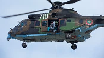 Eurocopter Сougar helicopter Rappelling