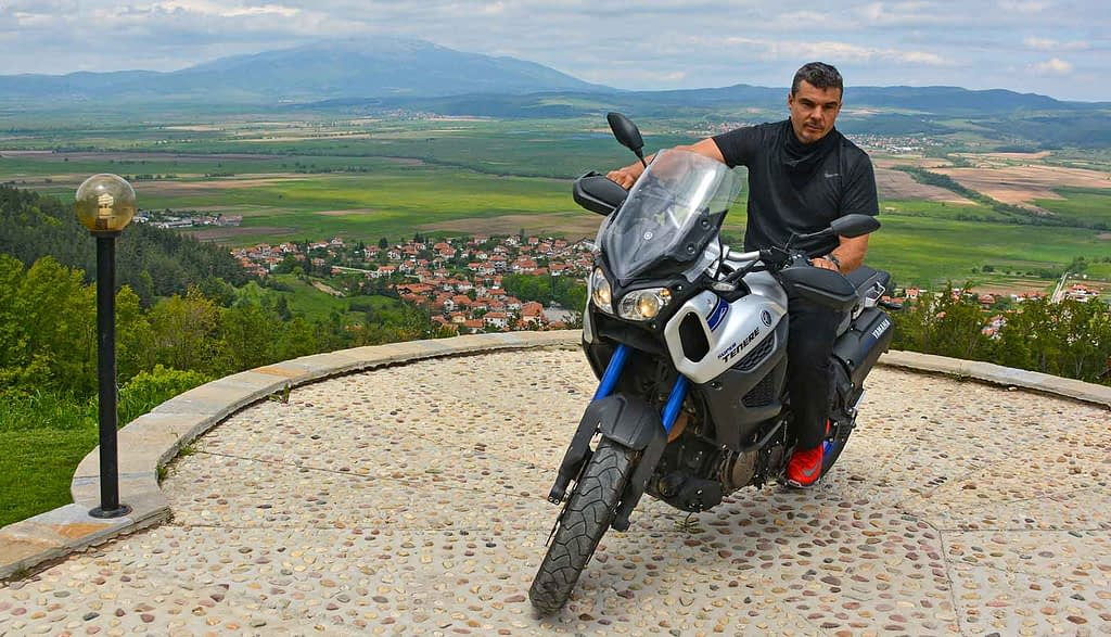 moto Ride Belchin The Ultimate Challenge for extreme moto journalism and dealing with emergency situations